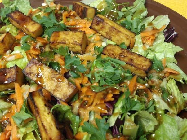 tofu banh mi salad 10y