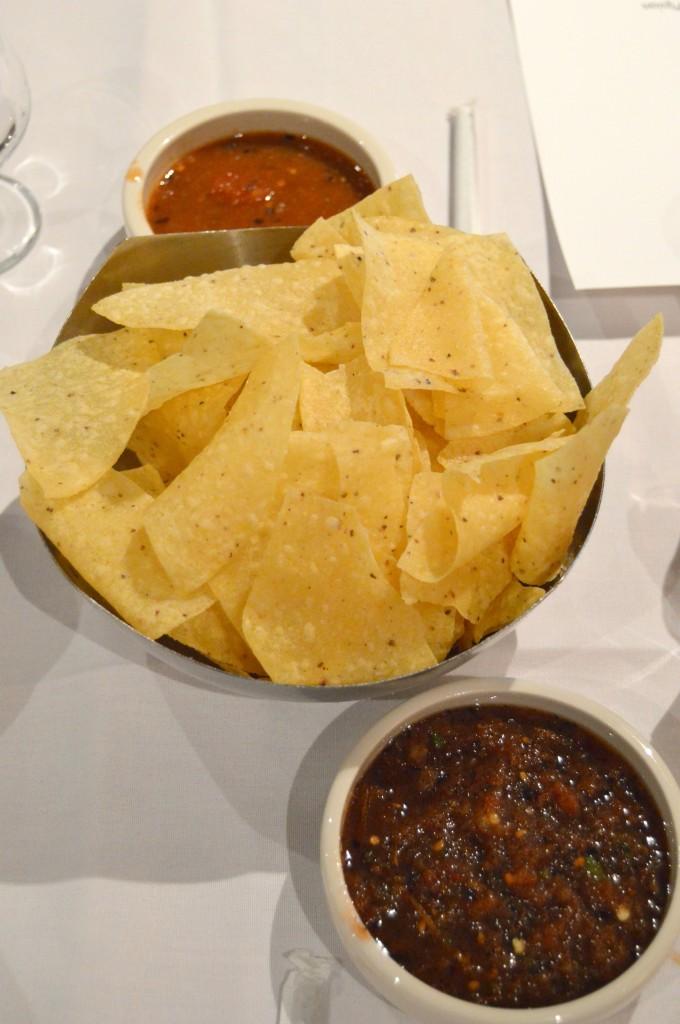 Cantina Laredo chips salsa