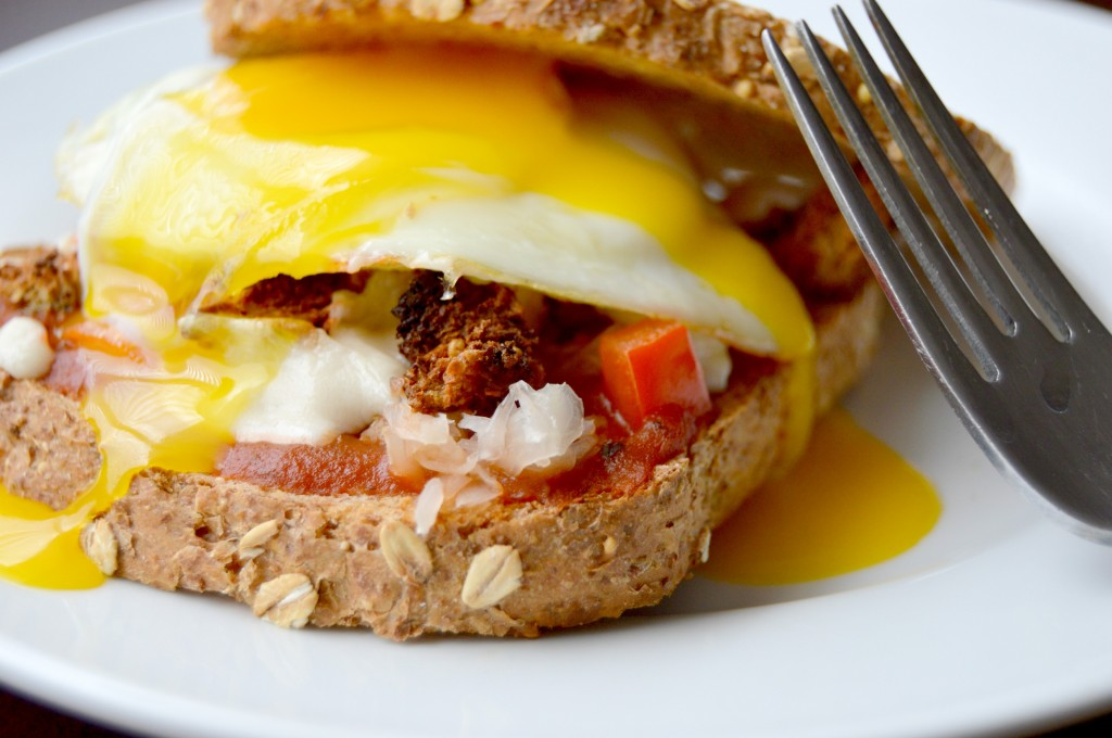 breakfast pizza sandwich 13