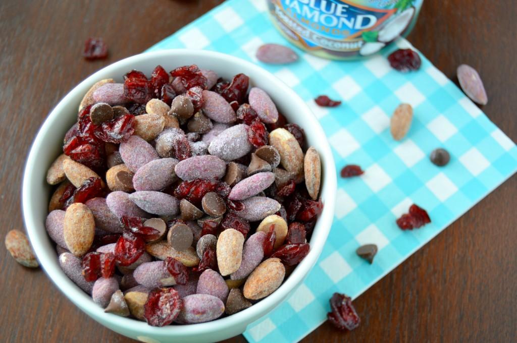 almond trail mix 15
