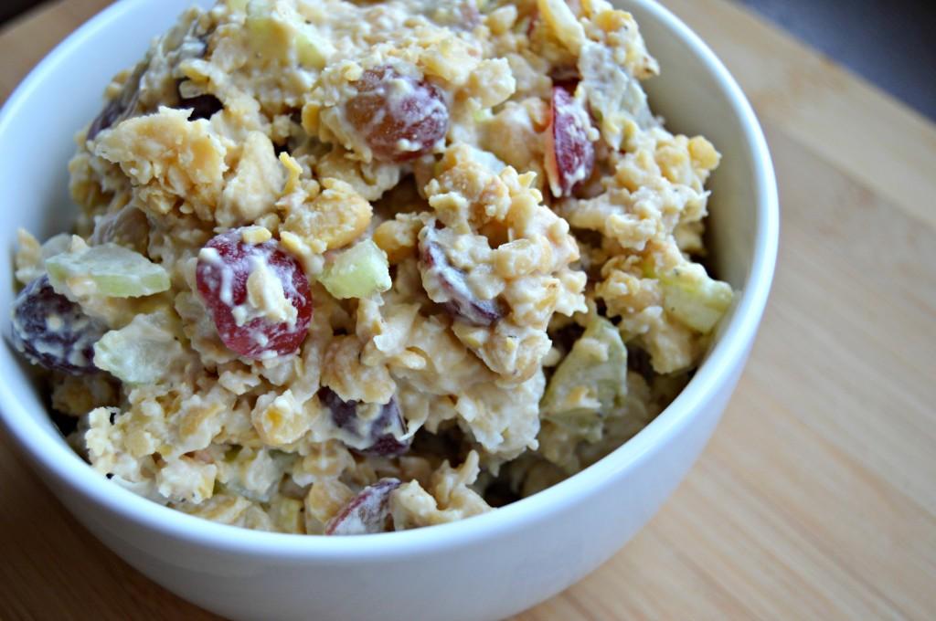 cashew chickpea salad