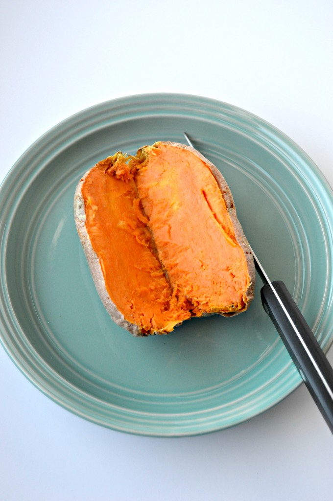 How to Make a Baked Sweet Potato in the Microwave | cleaneatingveggiegirl.com
