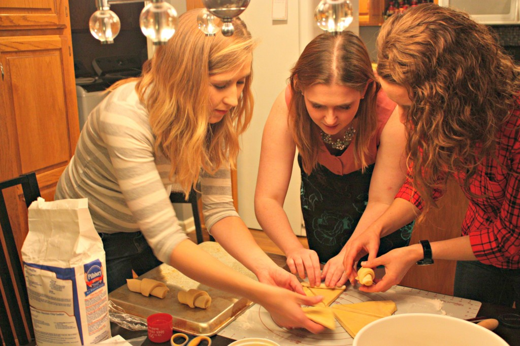 friendsgiving crescent rolls