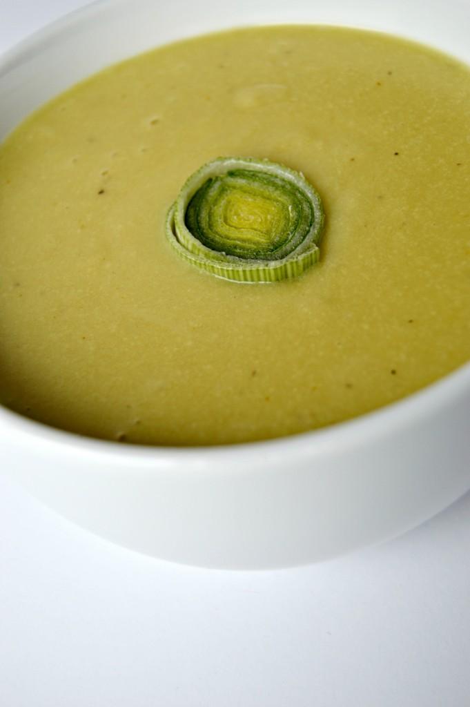 cheesy cashew leek potato soup 6