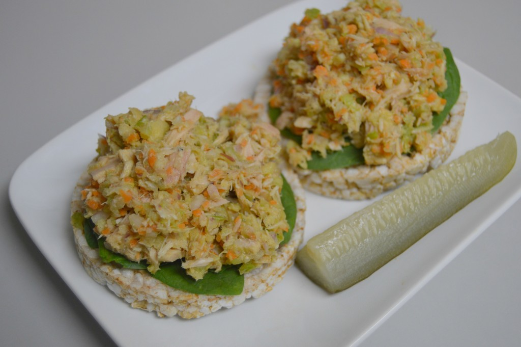 veggie tuna on rice cakes