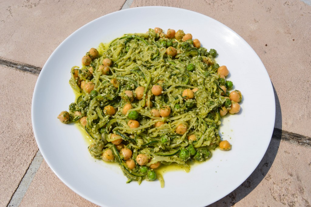 3c1k Pea and Pesto Zoodles