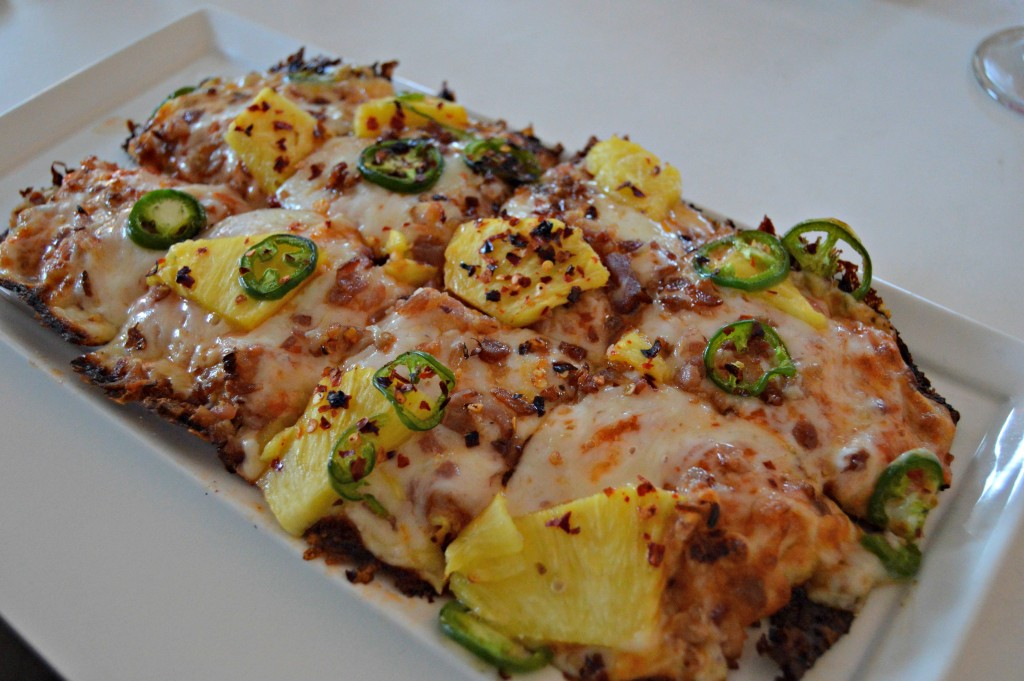 pineapple_jalapeno_pizza