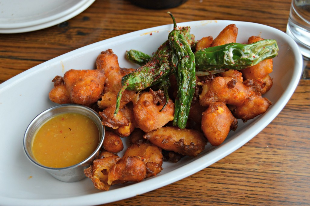 Linger_Denver_Cheese_Curds_Peppers