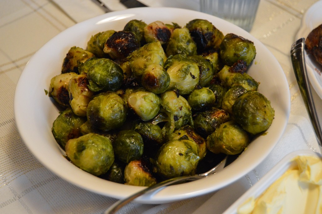 Thanksgiving_roasted_brussels_sprouts