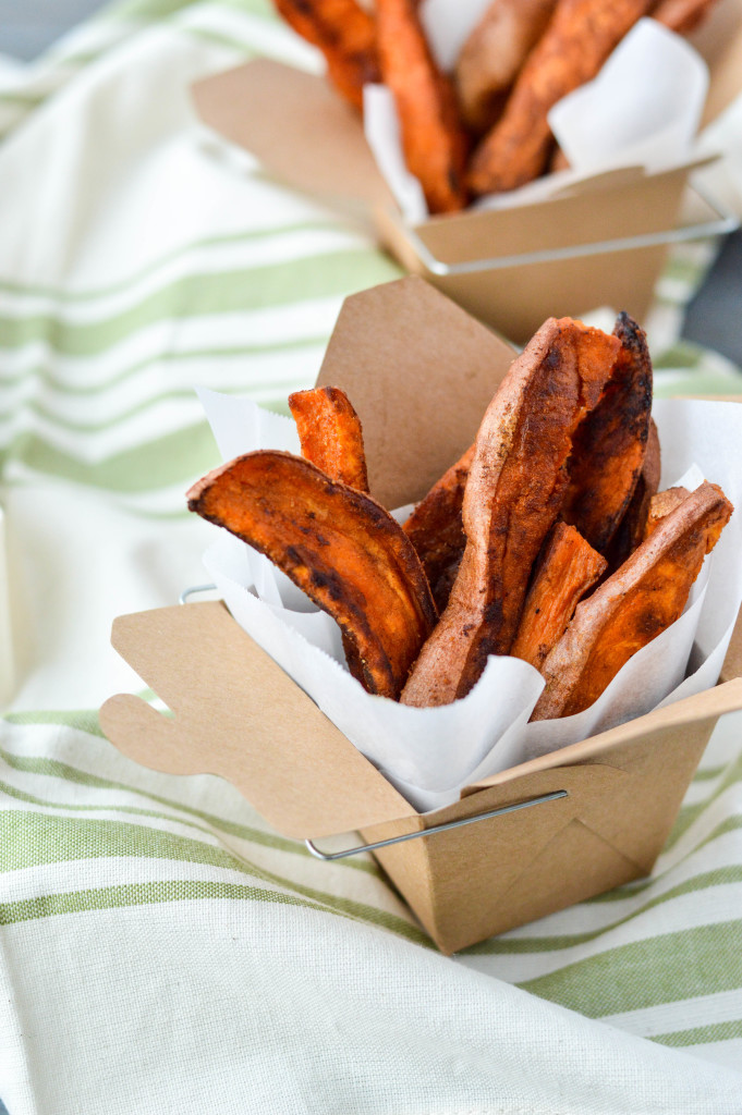 Crispy Baked & Fried Healthy Sweet Potato Fries {AIP Paleo, Gluten-Free, Grain-Free, Vegan, Nightshade-Free}| cleaneatingveggiegirl.com