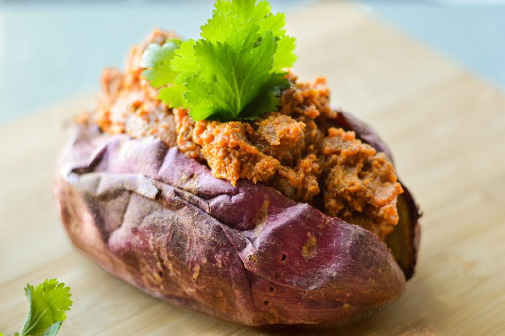 Nightshade-Free Paleo Sloppy Joes with Sweet Potatoes {AIP, Gluten-Free, Grain-Free, Dairy-Free}   cleaneatingveggiegirl.com