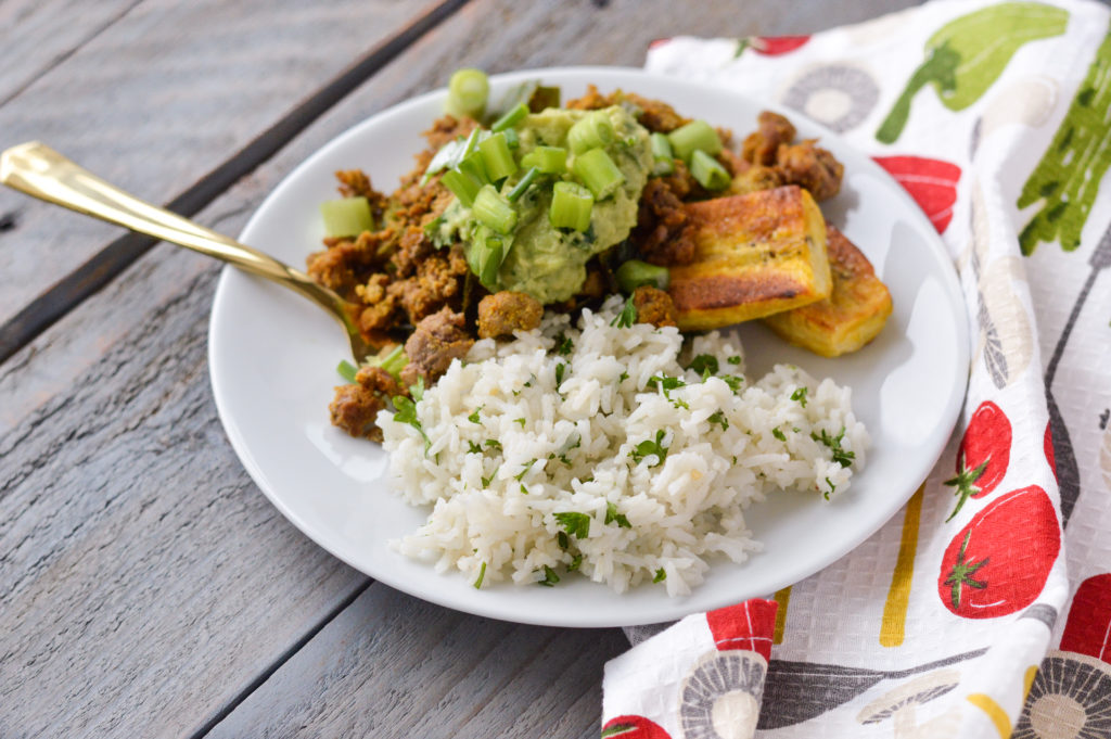 Copycat Chipotle Cilantro Lime White Rice {Gluten-Free, Vegan, Nightshade-Free} | cleaneatingveggiegirl.com