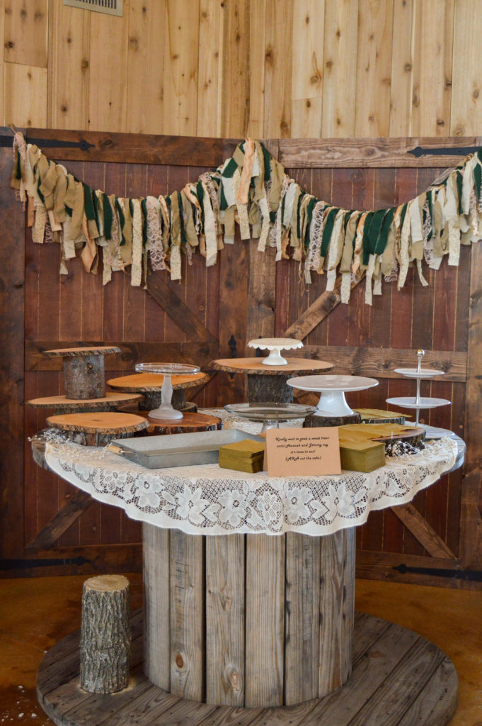 How to Make a Fabric Garland for a Wedding | cleaneatingveggiegirl.com #wedding #engaged #DIY