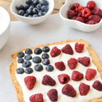 Paleo Fruit Pizza Bars are perfect for the 4th of July! {AIP, Gluten-Free, Grain-Free, Dairy-Free, Vegan, Nut-Free} | cleaneatingveggiegirl.com